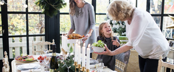 How to Entertain Guests in Arlington Over the Holidays